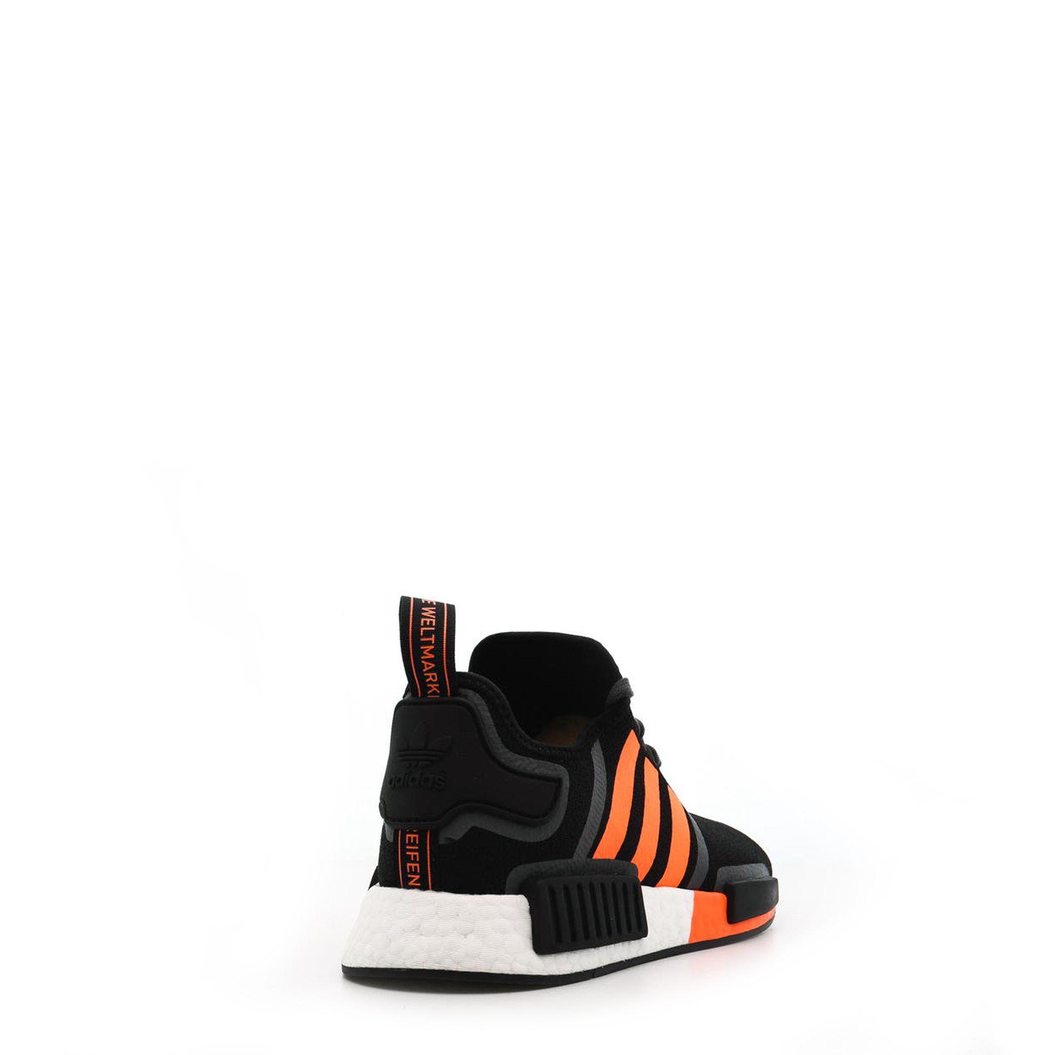 Adidas – NMD_R1 – Zwart Designeritems.nl