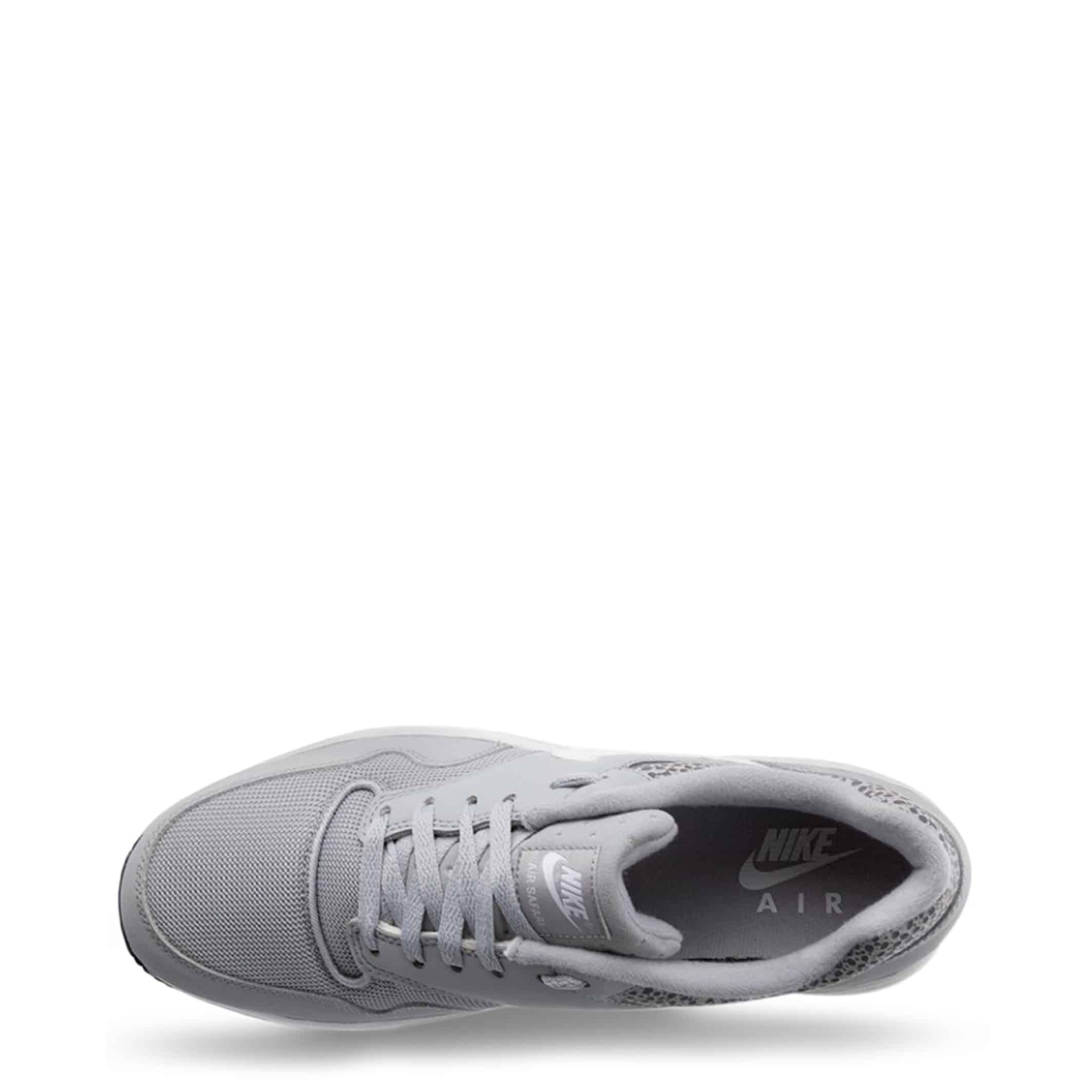 Sneakers Nike – AirSafari