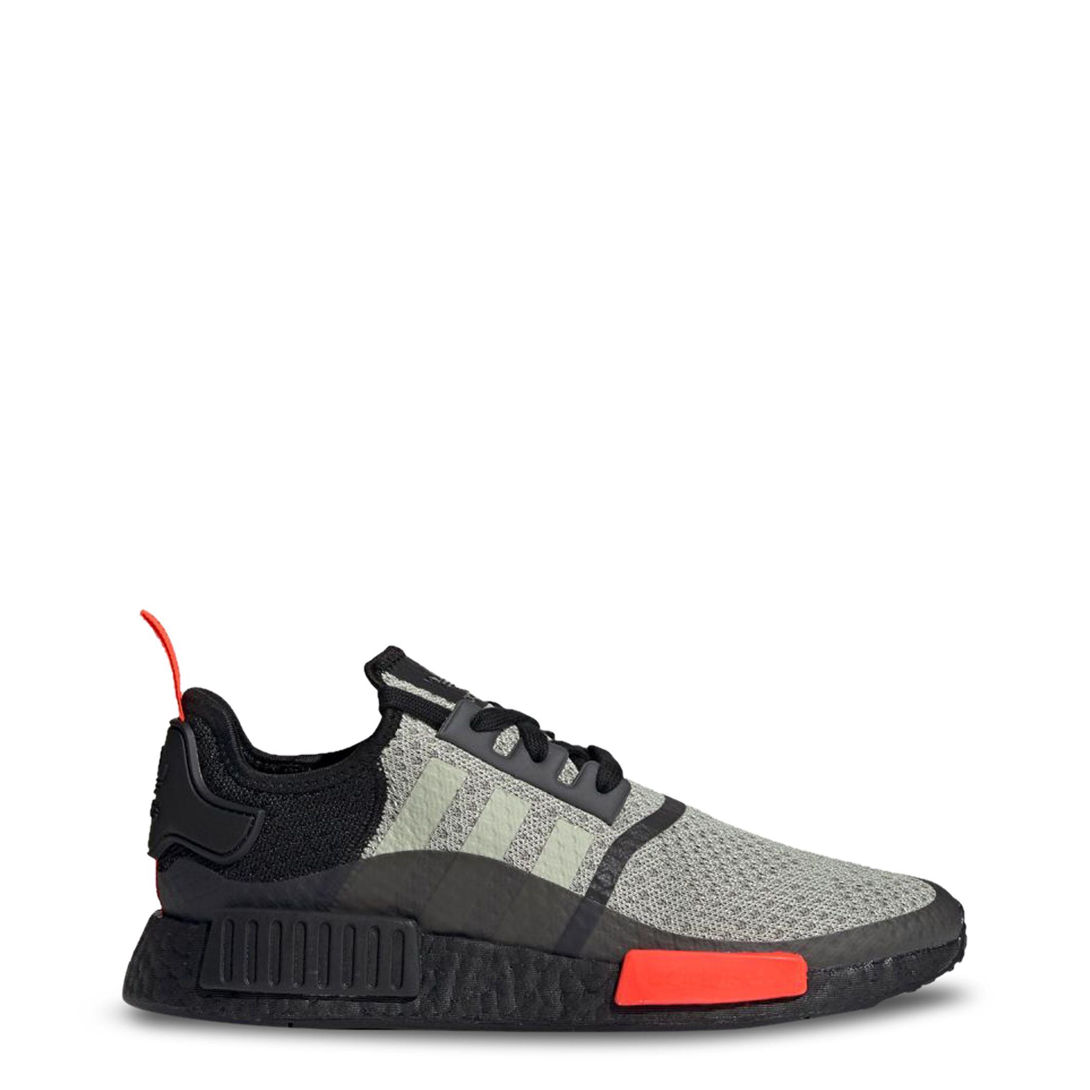 Adidas – NMD_R1 – Negro